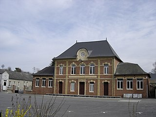 Venerolles city hall.jpg