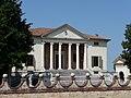 Villa Badoer Fratta Polesine facciata by Marcok 2009-08-16 n01.jpg