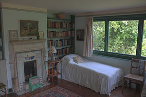Monk's House - Virginia Woolf's bed at Monk's House