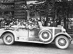 Walter Super 6 (1931) posádka J. Knapp - F. Němota v Budapešti při soutěži AvD 10000 km Evropou.jpg