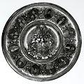 Wappenteller der Familie Manussi-Montesole 1887.jpg