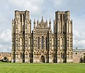 Wells Cathedral West Front Exterior, UK - Diliff.jpg