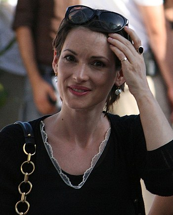 English: Winona Ryder in Italy in July 2009.