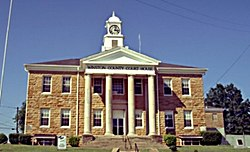 Winston County courthouse in Double Springs