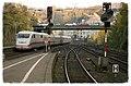Wuppertal Hbf ICE1 komt uit Hamburg aan (10992911923).jpg