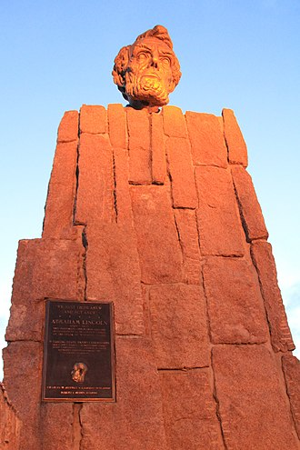 Abraham Lincoln Memorial Monument - Image: Wyoming Lincoln Monument 3