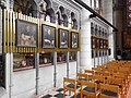 Ypres, galerie d'évêques dans la cathédrale.JPG