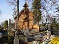 Zabytkowa kaplica na cmentarzu w Jedliczu, datow. na 1865 r. A-213 z 08.11.2007.jpg