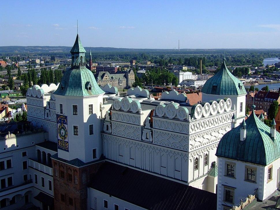 Zamek Ksiazat Pomorskich w Szczecinie (widok z wiezy)