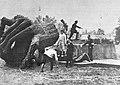 Zniszczenie pomnika Fryderyka Chopina 1940.jpg