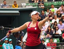 Zvonareva Serve Japan.jpg