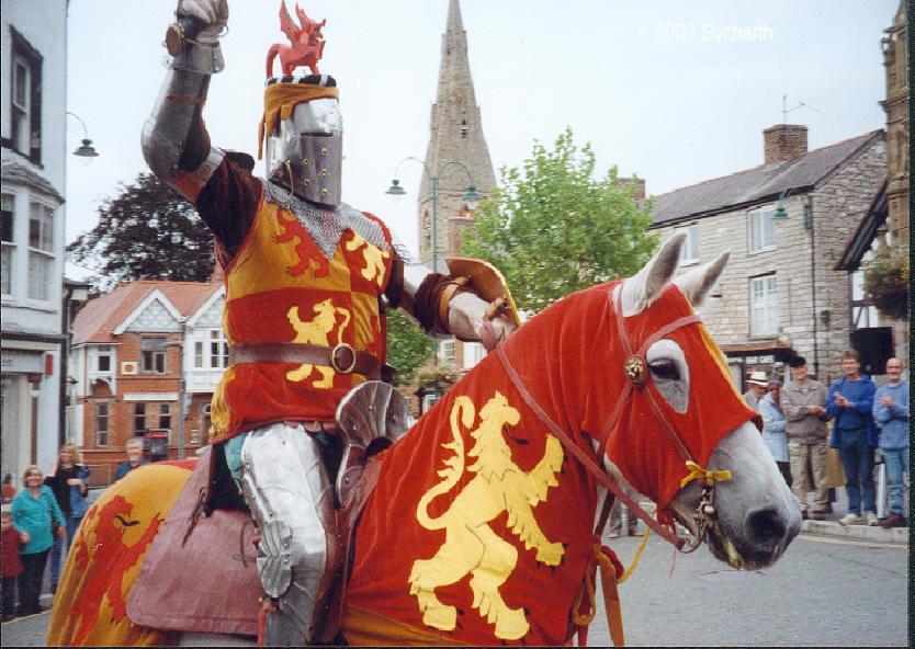 Owain Glyndŵr comes to Rhuthun, September 2000