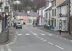Menai Bridge High street Jan 2005.jpg