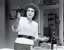 Pauline Collins Fel Shirley Valentine Yn Siarad âu0027r Wal Mewn Perfformiad Ar  Broadway
