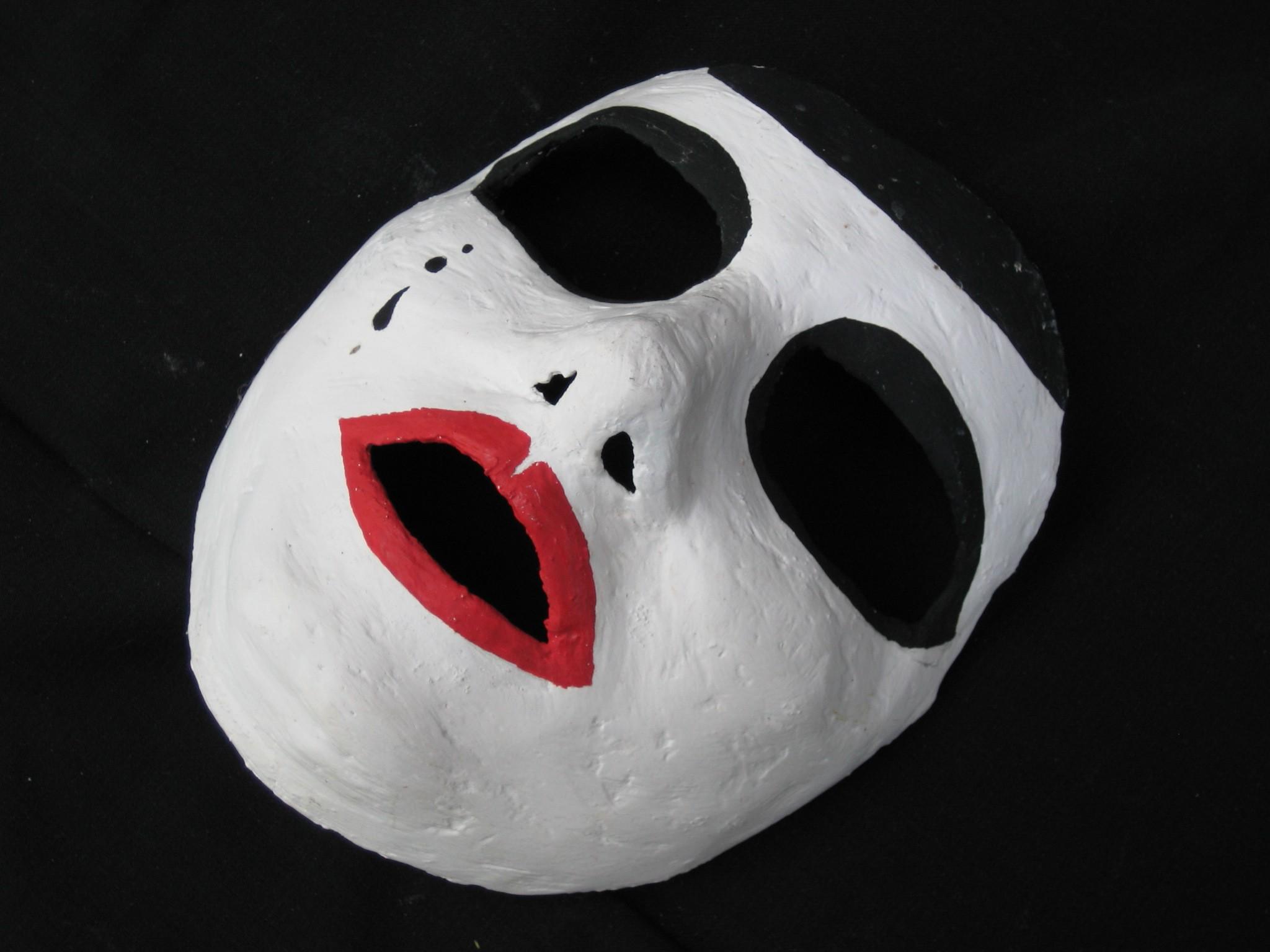 cro maske wallpaper