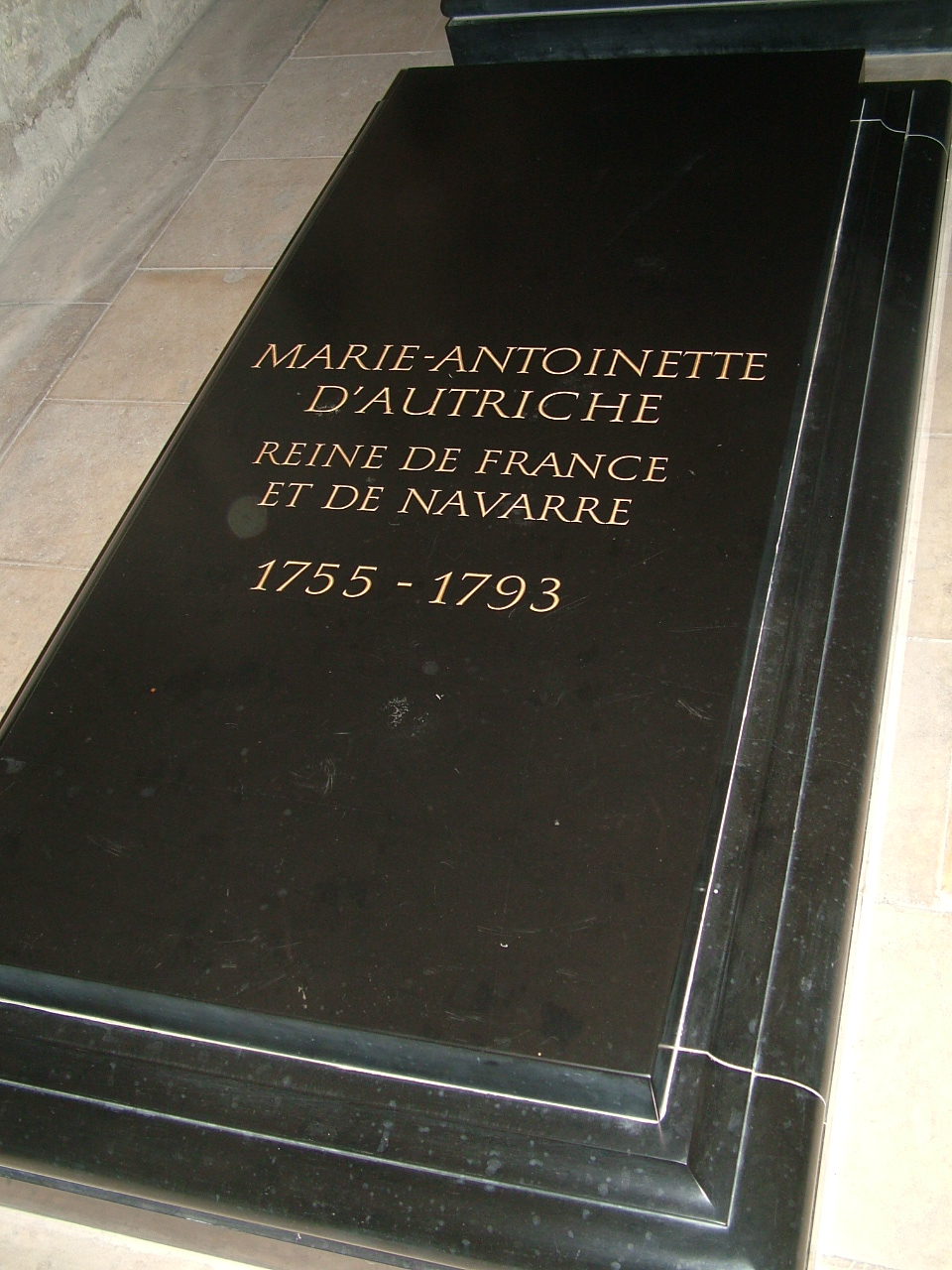 Marie Antoinetter What Did She Really Wear Shoes Dresses Hair
