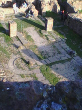 http://upload.wikimedia.org/wikipedia/de/6/68/Heiligenberg_Tempel.jpg