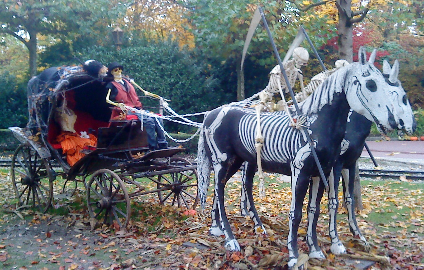 halloween in the park lebanon ky