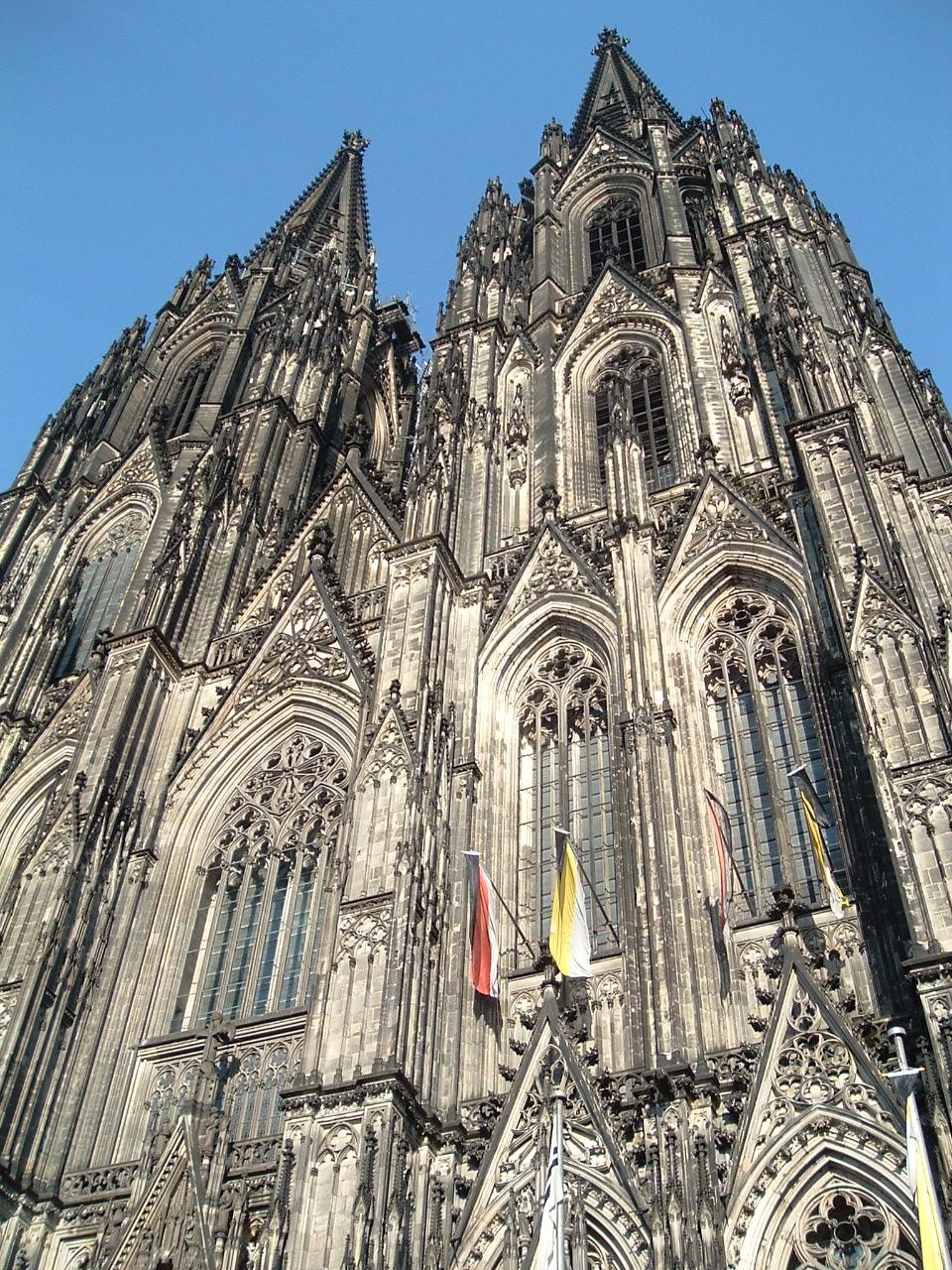 Datei Kolner Dom Westfassade 2007 04 01 18 Uhr 8 Jpg Wikipedia