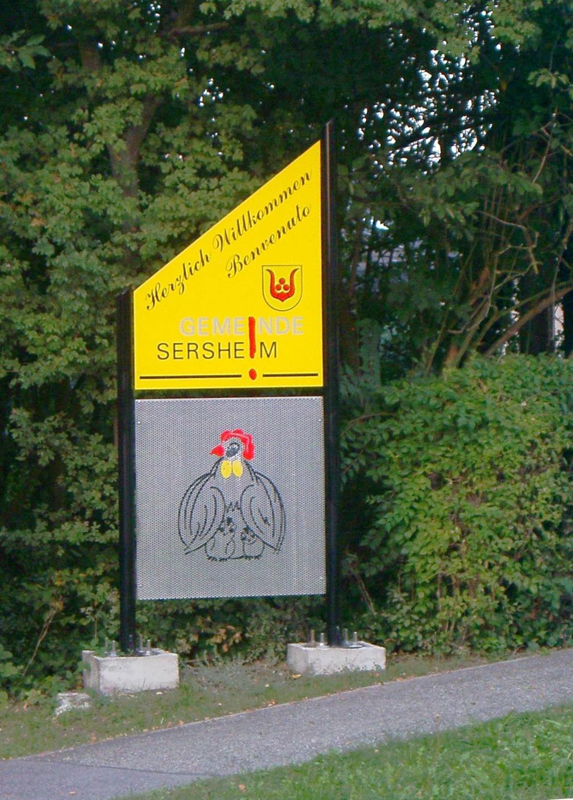 Willkommenstafel am südlichen Ortseingang von Sersheim