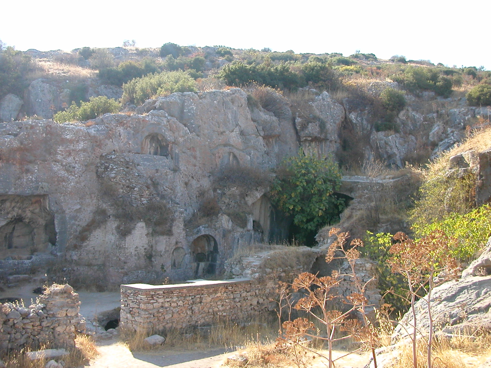 De Syv sovernes hule ved Efesos ble gjenoppdaget i 1928