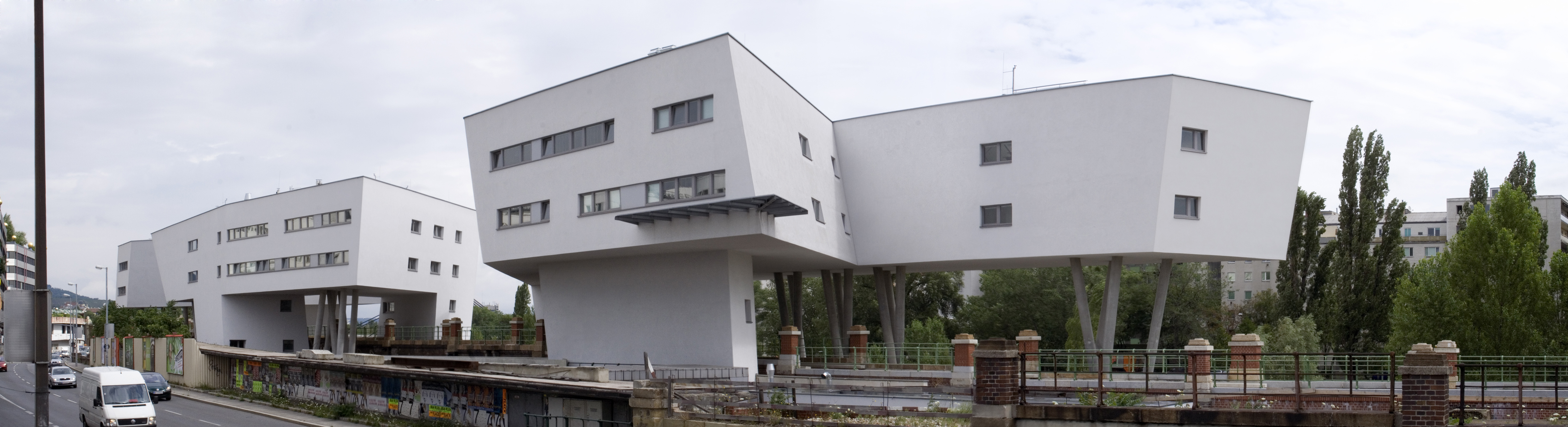 Https Www Housing Wisc Edu Residencehalls Halls Tours Htm