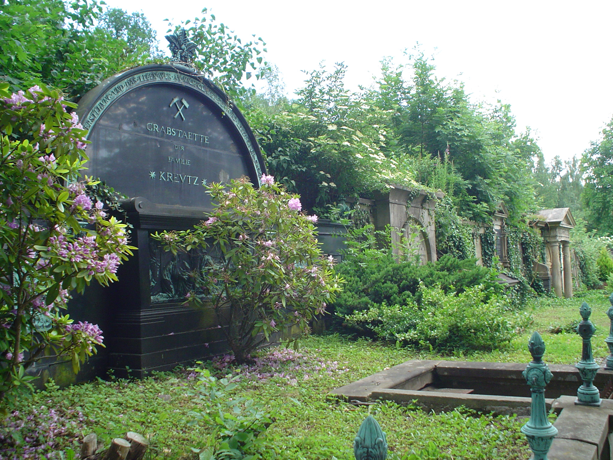 Lindenbergfriedhof3.jpg