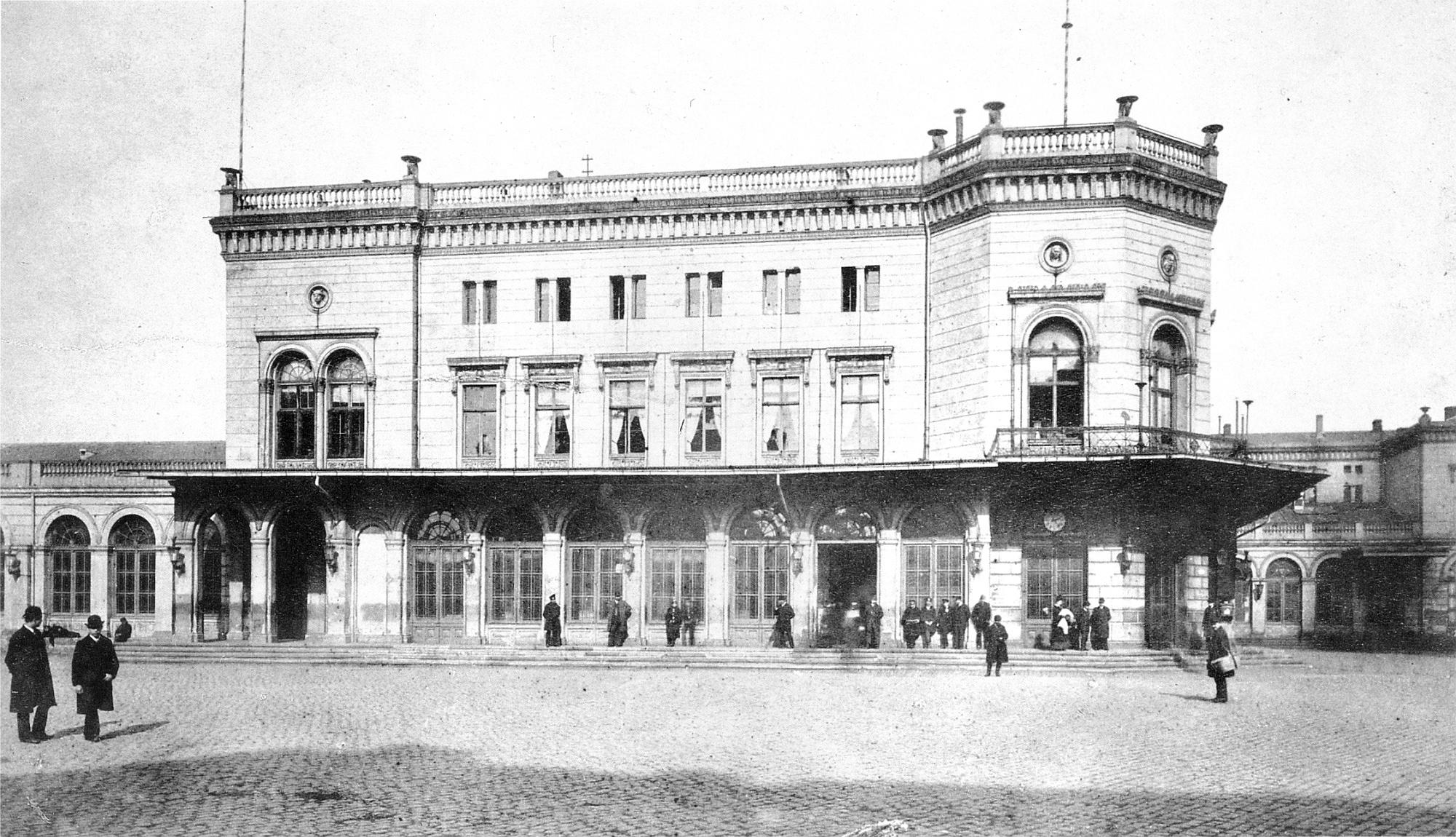 Centralbahnhof Köln um 1893.jpg