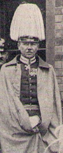 http://upload.wikimedia.org/wikipedia/de/f/f3/Friedrich_Bronsart_von_Schellendorf.jpg