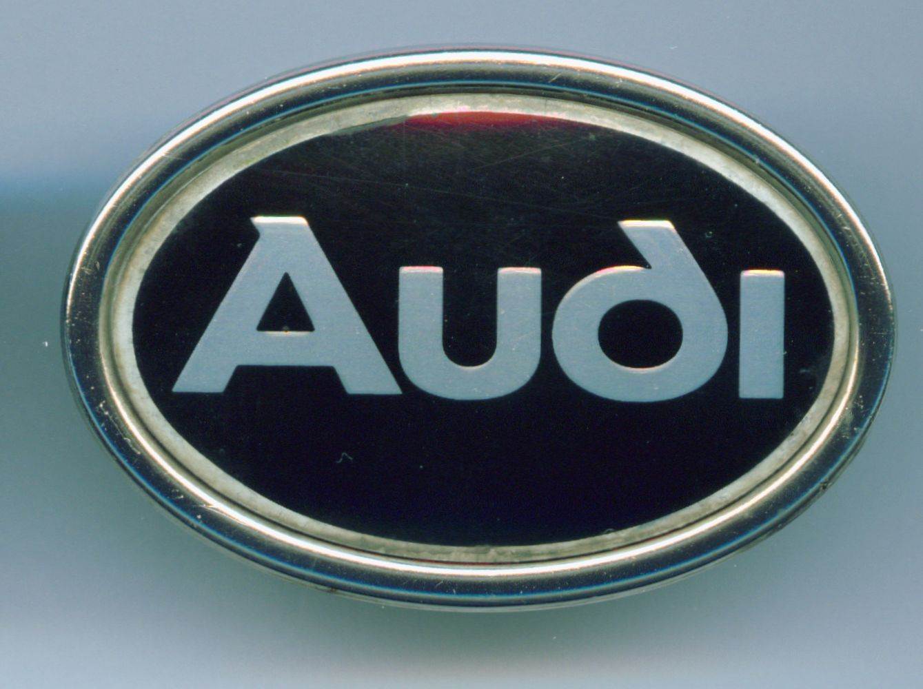 Datei Audi Logo Oval Jpg Wikipedia