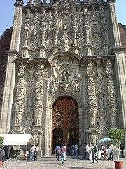 Sakramentshäuschen neben der Kathedrale in Mexiko-Stadt