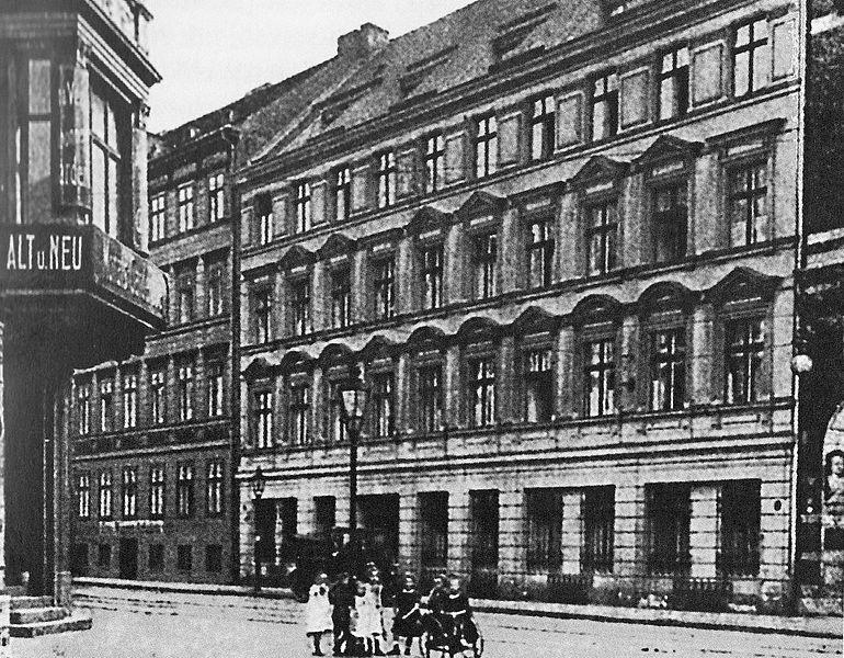 http://upload.wikimedia.org/wikipedia/de/thumb/3/35/Oberkommando_der_Schutztruppen.jpg/770px-Oberkommando_der_Schutztruppen.jpg
