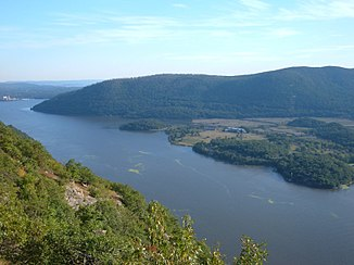 Hudson River photographed from Camp Smith Trail, side path of the Appalachian Trail, looking south, approx. 70 km from New York City