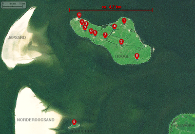 Landsat - Hallig Hooge, Norderoog & Umgebung mit Markierungen.png