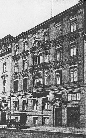 https://upload.wikimedia.org/wikipedia/de/thumb/6/66/Reichskolonialamt.jpg/300px-Reichskolonialamt.jpg