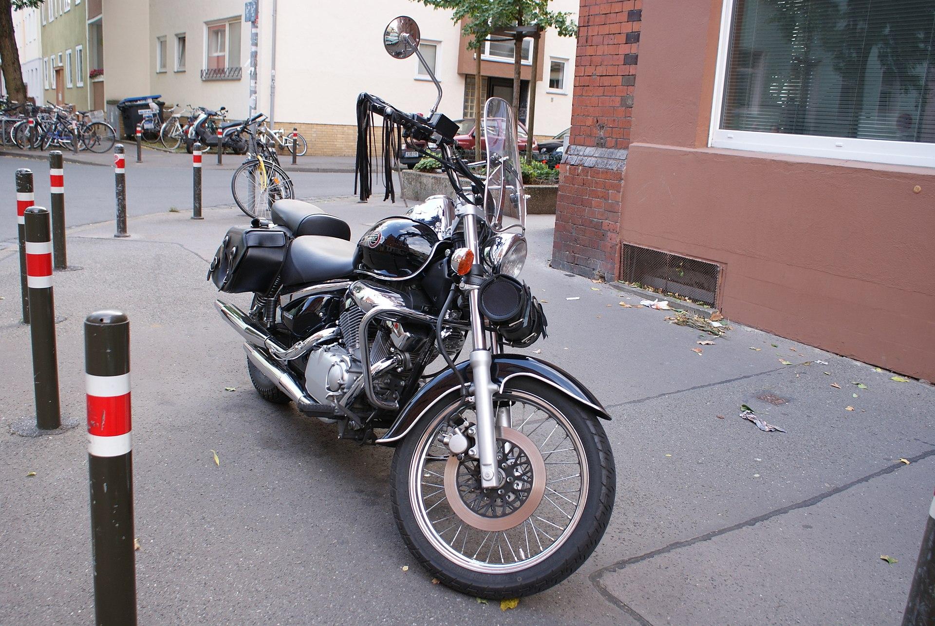 Suzuki Intruder Vl  Carburetor