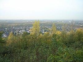 Neuenhausen vom Aussichtspunkt auf der Vollrather Höhe