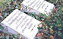 Berliner Ehrengrab des Ehepaars Varnhagen nach der Restaurierung im Jahr 2007 (Quelle: Wikimedia)