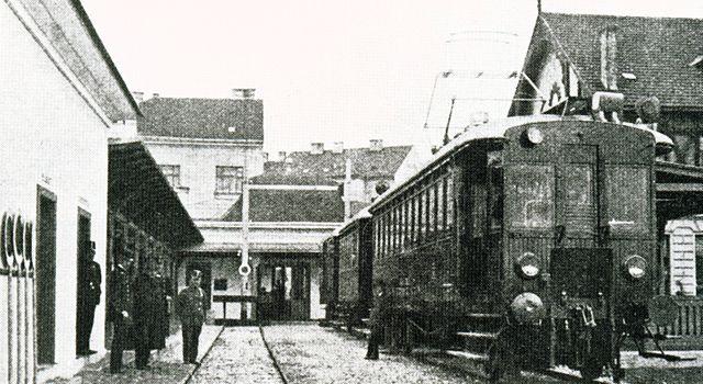 LILO Lokalbahnhof.jpg