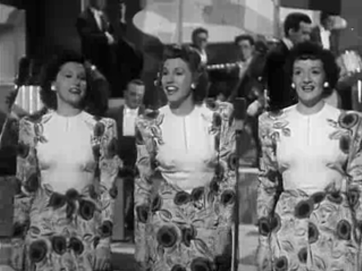 Andrews Sisters, The* Andrews Sisters - Boogie Woogie Bugle Boy / Bounce Me Brother With A Solid Four