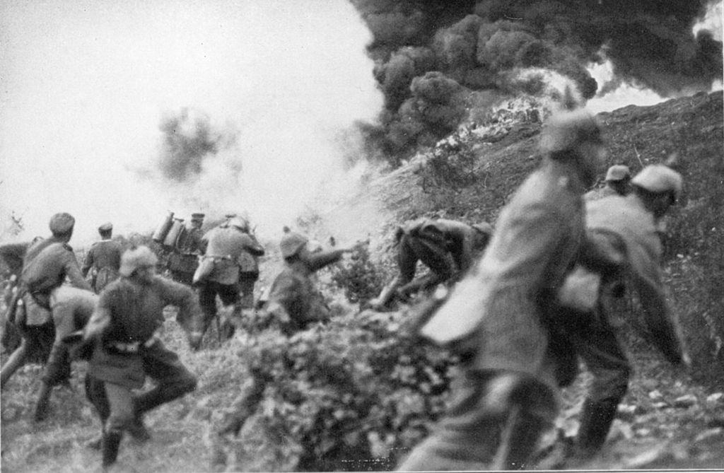 Tropas alemanas al asalto, 14 marzo 1916