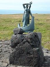 Statue of Gudridur Thorbjarnardottir in Iceland