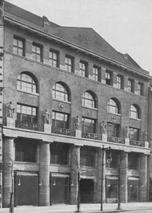 Das 1912 errichtete Gebäude von Rudolph Lepke's Kunst-Auctions-Haus in der Potsdamer Straße. (Quelle: Wikimedia)