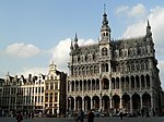 Bruessel-GrandPlace-NO-Seite-Links-20060905.JPG