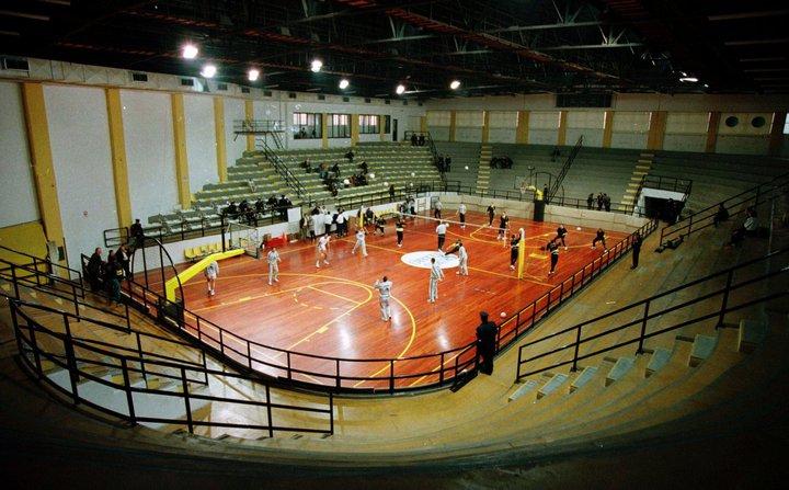 dbc5697431 Κλειστό Γυμναστήριο Γιώργος Μόσχος - Βικιπαίδεια