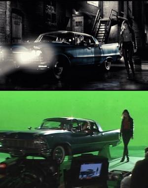 Κάτω: Σκηνή από τα γυρίσματα.Πάνω: μετά την επεξεργασία