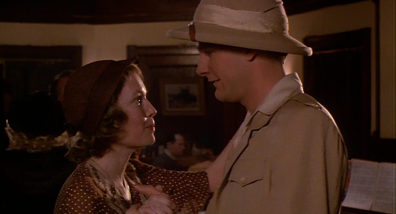 Risultati immagini per LA ROSA PURPUREA DEL CAIRO ( ) - Regia di Woody Allen