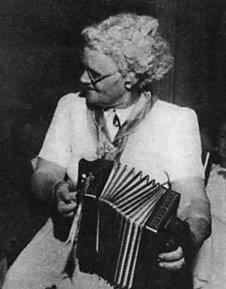 Sally Sloane Australian folk musician