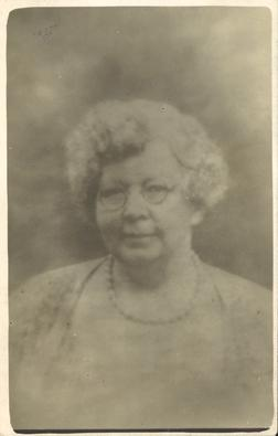 Edith Key. Photo courtesy of West Yorkshire Archive Service Kirklees, KC1060/2