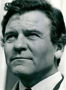 Actor Glyn Owen.jpg